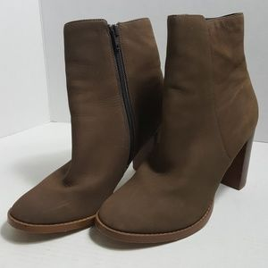Sole Society Micah Taupe Nubuck leather heel boot
